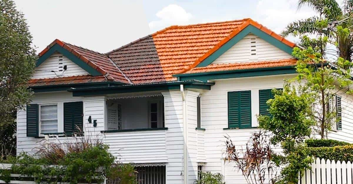 Before and after results of Exterior Residential House Cleaning Services Exterior Residential House Cleaning Services Brisbane Gold Coast Side by Side