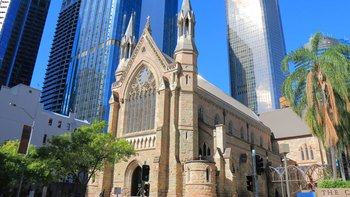 Church-exterior-pressure-cleaning-brisbane-gold-coast