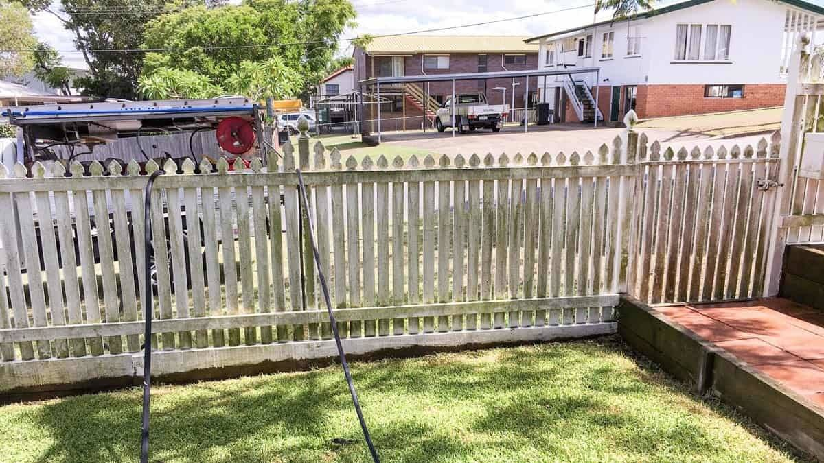 Fence Mould Removal High Pressure Cleaning Brisbane Gold Coast Exterior Residential Cleaning